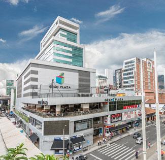 fachada 1lista del proyecto ejecutado Centro Comercial Gran Plaza de Crear Cimientos