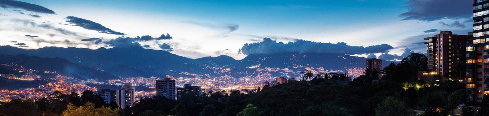 Vita Medellin de apartamentos Mondrian en Crear Cimientos